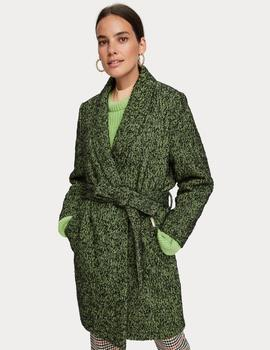 Wrap jacket in textured quality